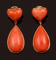 Pair of coral pendent earrings