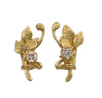 Gold and diamond pair of earrings