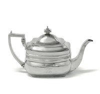 A silver teapot, London 1810, silversmiths Peter and  ...