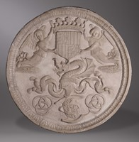 A monumental round bas-relief in marble with heraldic  ...