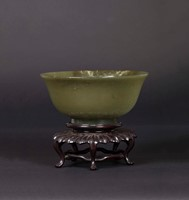 A green jade bowl, China, Qing Dynasty, 19th centu ...